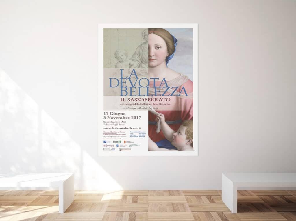 allestimento mostra la devota bellezza Fabriano poster